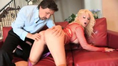 Bodacious blonde slut in black boots plays out her hardcore fantasies