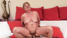 Chubby granny gets her old cunny tapped and chews on his meat