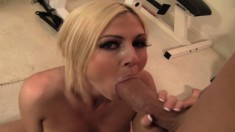 Curvaceous blonde beauty Christie Stevens fucks a big dick in the gym