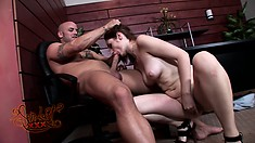Violet gets pumped with legs wide open, blows him and bends over