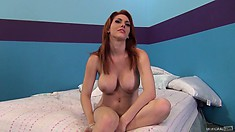 Dreamboat babe Lilith Lust showing her boobies and sexy feet
