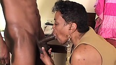 Fat ebony granny gets down with a fresh dong in her huge cunt