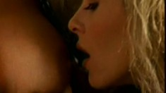 Hunky-dory long-haired beauty wants to feel breasts on her mouth