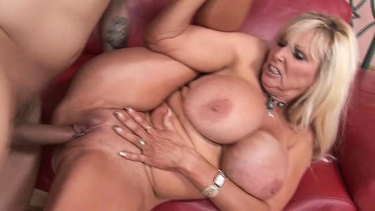 Cougar fucking porno free