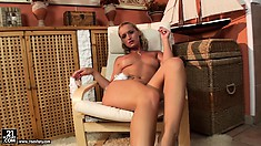 Kathia is a marvelous blonde with a splendid ass, lovely tits and sexy legs