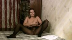 Bodacious brunette in pantyhose Edeline gently fingers her juicy twat