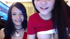 Hot Webcam Brunette Teen Masturbating webcam
