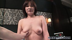 Dirty japanese whore gets fondled while she takes a hot bath