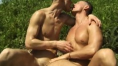 Horny trio of dudes head outside for a sucking and fucking session